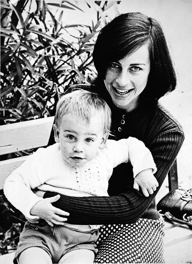 נורית הירש ובנה דני רוזנפלד