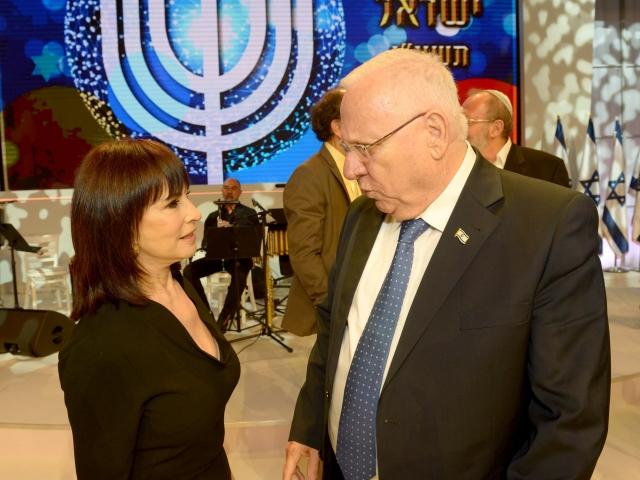 נורית הירש מקבלת את פרס ישראל לזמר עברי לשנת 2016 - חלק ב' - החלק האומנותי